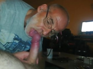 daddy dutch grandpa gives me a smashing blowjob coupled fro rations my cum gay