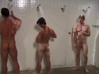 locker room hd